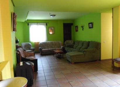 Sala de estar en el segundo piso