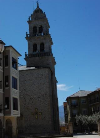 Frente al Castillo Templario