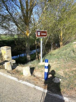 Llegando al camino histórico cruzamos otro río